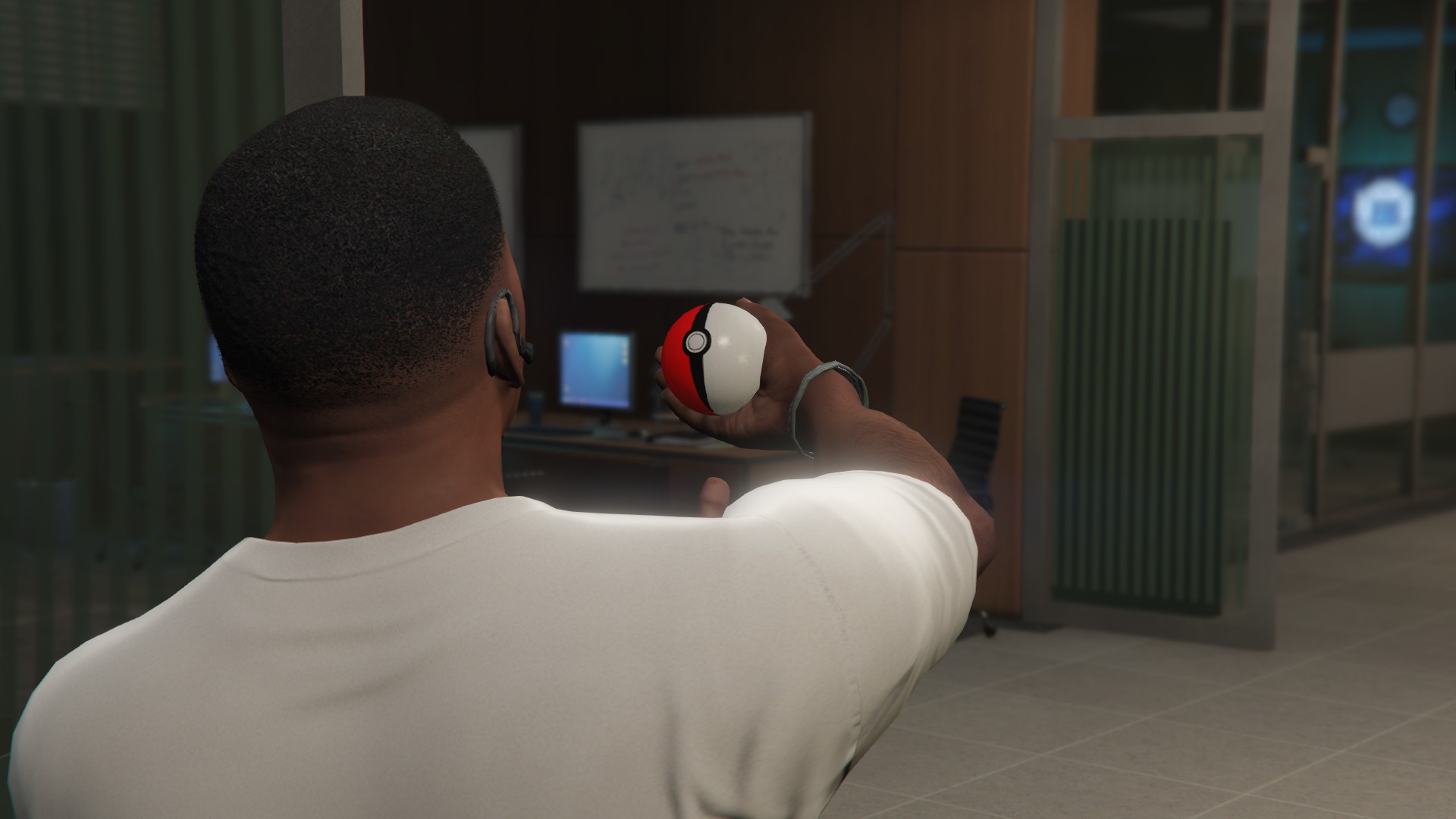 The Pokeball Mod для GTA V - Скриншот 2